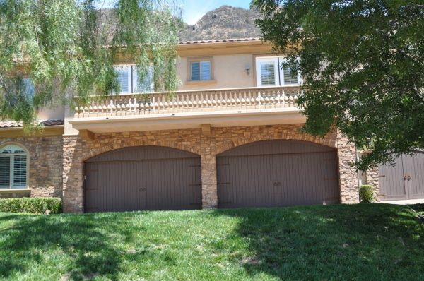 home with two garage doors