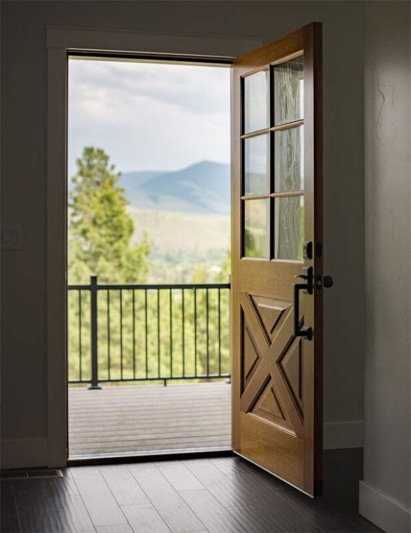 Nature view with an opened door