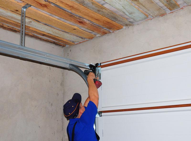 Garage Door Upkeep Tips For The Fall Season Price S Doors